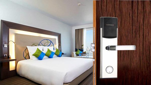 Ưu điểm của khóa cửa thẻ từ khách sạn